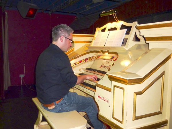 Mark Laflin at The Tywyn Wurlitzer