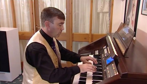 Nicholas Martin - At Home & Abroad (DVD) 1