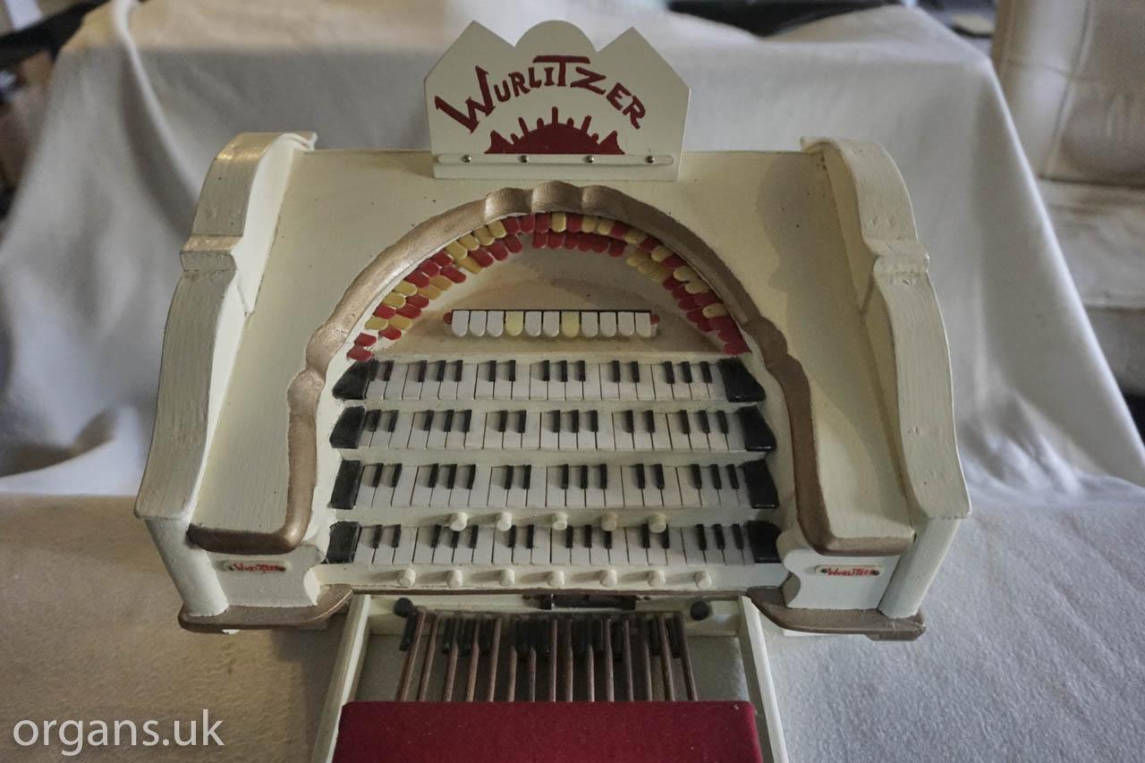 Wurlitzer Model 2